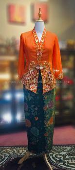 KBY007 Nyonya Kebaya (Floral Motif) - Size L