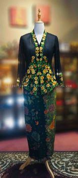 KBY003 Nyonya Kebaya (Floral Motif) - Size L