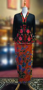 KBY002 Nyonya Kebaya (Floral Motif) - Size L