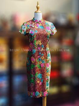 BTK(D)037 Batik Fitting Qipao with Sleeve - Mandarin Collar