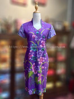 BTK(D)038 Batik Fitting Qipao with Sleeve - V Neckline