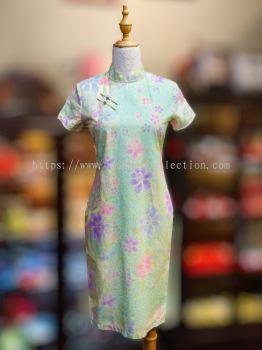 BTK(D)136 Batik Fitting Qipao with Sleeve - Mandarin Collar