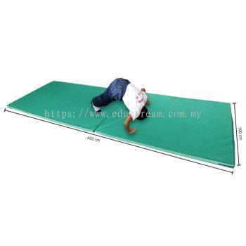 P142(C)Three Fold Extra Long Gymnastic Mattress