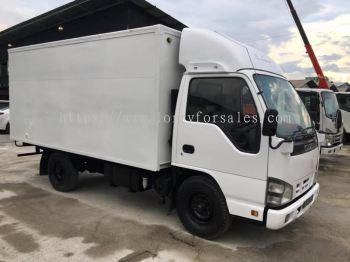 Box Van 06