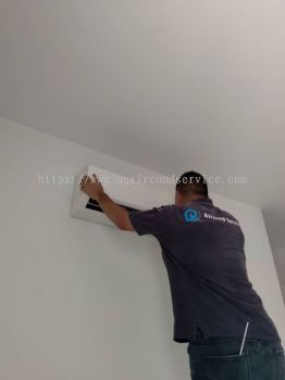 Shamelin Bestari Condo Aircond Wall Mounted Full Cleaning Service With Top Up Gas R410