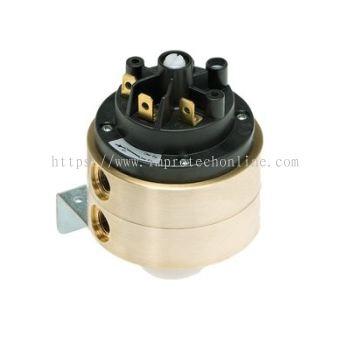 Huba Mechanical Pressure Switch 630 6...5500 mbar