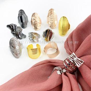 Elegant Brooch 1pc Random Brooch Ring Tudung Bawal Muslimah Cincin Tudung Hijab Ring Scarf Buckle[Adjustable Ring]