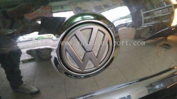 volkswagen golf mk6 logo matt black rear trunk new