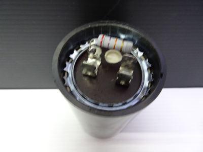 CULMI 145-175MFD X 330V 50/60HZ (-10��C+65��C) STARTING CAPACITOR