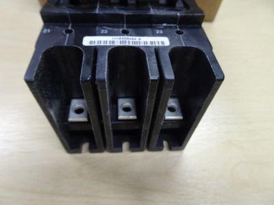 CARRIER HH83XB464 3P LRA:120 VOLTS:600 CIRCUIT BREAKER