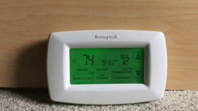Honeywell Home RTH7600D 7-Day Programmable Touchscreen Thermostat