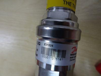 DANFOSS AKS 3000 060G3718 PRESSURE TRANSMITTER (RANGE P(SG):-3-30 KG/CM3) (OUTPUT:4-20MA)