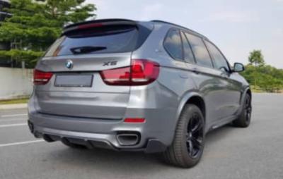BMW X5 CARBON FIBER PARTS